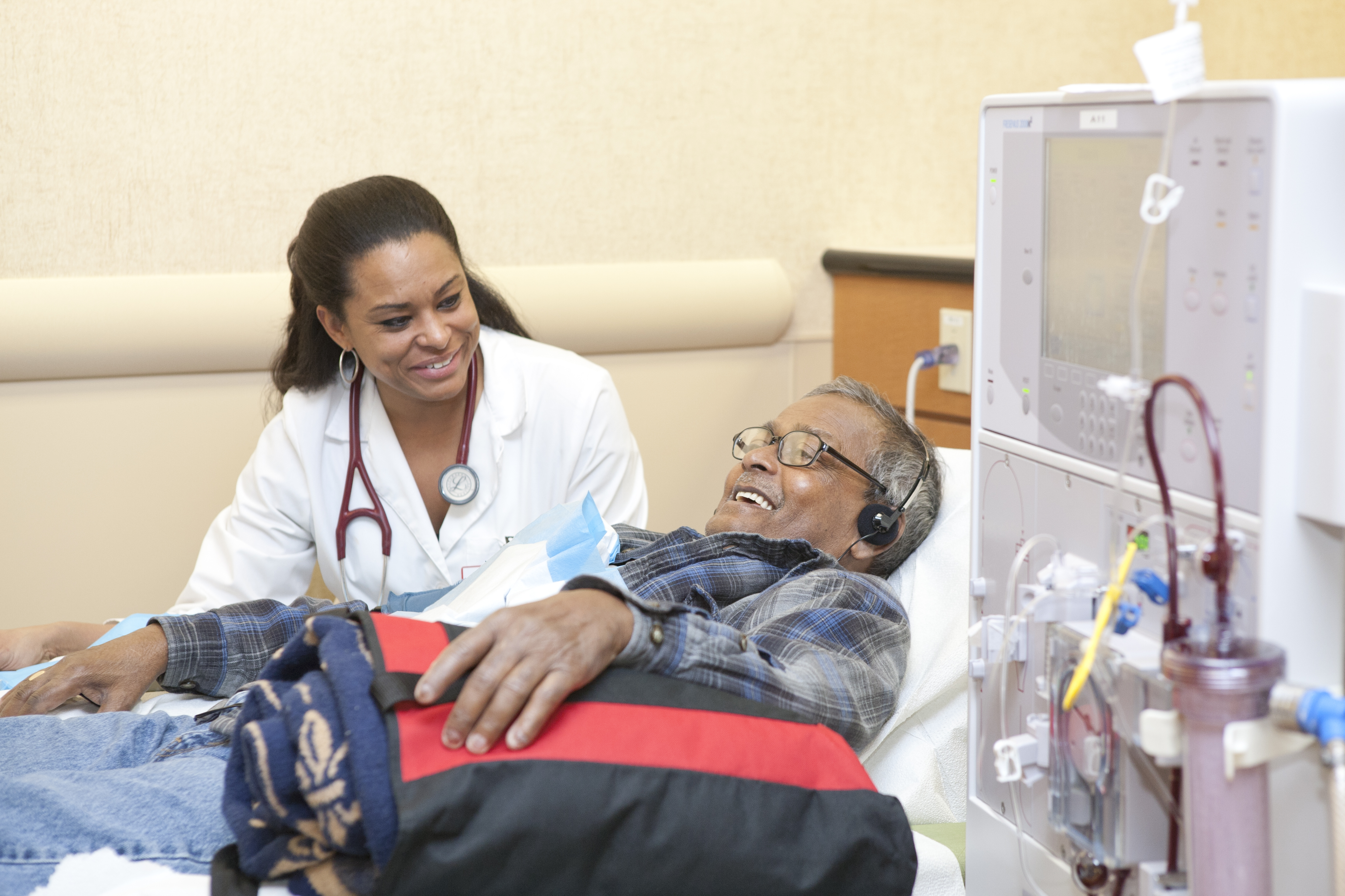 cost effectiveness of dialysis for esrd patients Continuous use of medication is unlikely to be cost-effective for prices  the  dialysis option represents esrd patients who receive dialysis and.